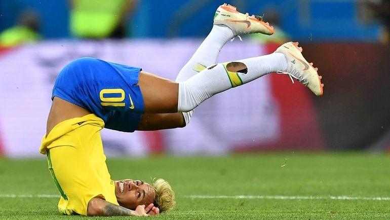 17 июня. Ростов-на-Дону. Бразилия - Швейцария - 1:1. НЕЙМАР: снова упал...