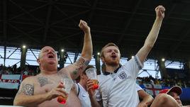 Вторник. Москва. Тушино. Колумбия - Англия - 1:1, пенальти - 3:4. Болельщики английской сборной.