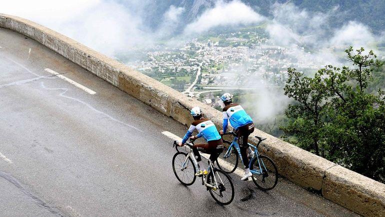 Участники Тур де Франс. Фото AFP