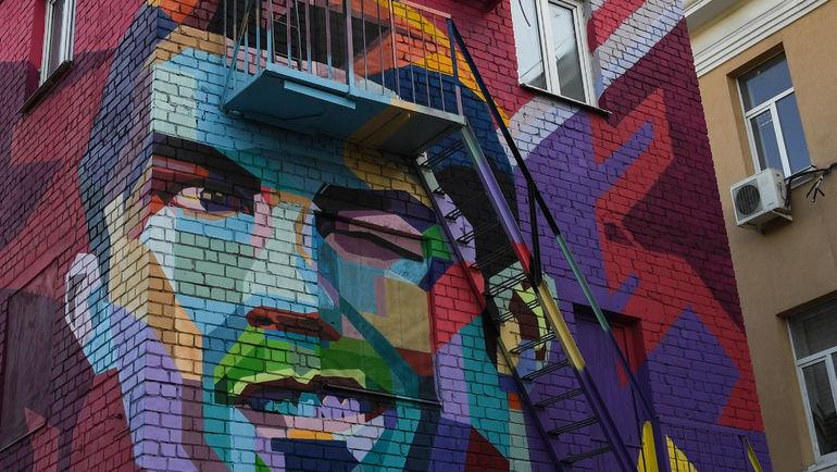 """Графити с изображением Криштиану Роналду. Фото Дарья ИСАЕВА, """"СЭ"""""""