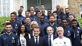 Эмманюэль МАКРОН и сборная Франции.