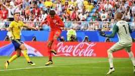 Суббота. Самара. Швеция - Англия - 0:2. 59-я минута. Деле АЛЛИ забивает гол.