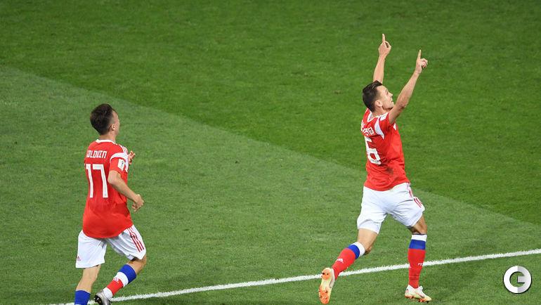 Суббота. Сочи. Россия - Хорватия - 2:2, пен. - 3:4. Радость Дениса ЧЕРЫШЕВА после гола.