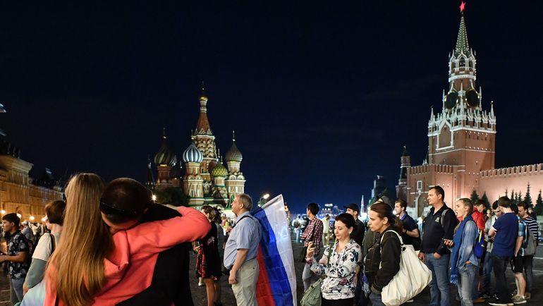 Москва. Красная площадь в ночь после поражения сборной России от Хорватии. Фото AFP