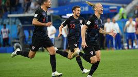 Суббота. Сочи. Россия - Хорватия - 2:2, пенальти - 3:4. Радость Домагоя ВИДЫ (справа) после серии пенальти.
