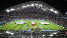 7 июля. Сочи. Россия - Хорватия - 2:2, пенальти - 3:4. Начало исторического матча.