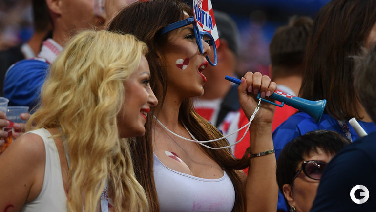 Сегодня. Москва. Болельщики перед матчем Хорватия - Англия.