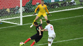Среда. Москва. Хорватия – Англия – 2:1 д.в. 109-я минута. Победный удар Марио МАНДЖУКИЧА (№ 17).