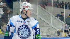 Отказаться от сборной ради КХЛ. Еще один белорус перестал считаться легионером