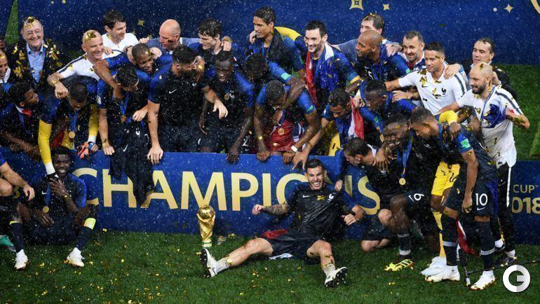 Воскресенье. Москва. Франция - Хорватия - 4:2. Церемония награждения.