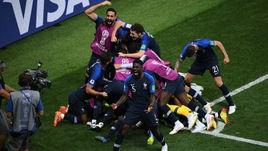 15 июля. Москва. Лужники. Франция – Хорватия – 4:2. Французы празднуют гол.