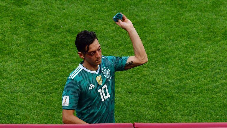 Месут ЕЗИЛ: больше - не в сборной. Фото AFP., AFP