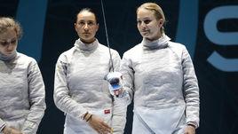 Июнь. Нови-Сад. Яна ЕГОРЯН (в центре) и Софья ВЕЛИКАЯ (справа) на чемпионате Европы.