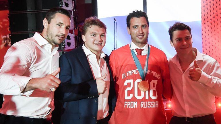 Илья КОВАЛЬЧУК, Кирилл КАПРИЗОВ, Роман РОТЕНБЕРГ и Никита ГУСЕВ (слева направо).