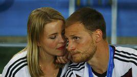 13 июля 2014 года. Рио-де-Жанейро. Германия – Аргентина – 1:0 д.в. Бенедикт ХЕВЕДЕС с супругой Лизой.