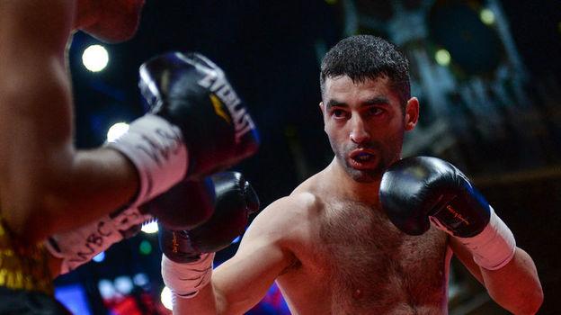 Алоян и Тете. Всемирная боксерская суперсерия едет на Урал