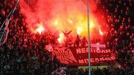 Сумасшедшие фанаты ПАОК: лучшие перфомансы соперника