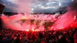 Фанаты ПАОК знают, как разогреть стадион к приезду гостей.