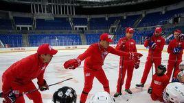 """Презентация Национальной программы подготовки хоккеистов """"Красная машина""""."""