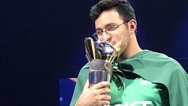 Чемпион FIFA eWorld Cup.