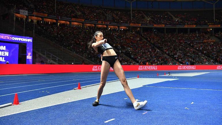 10 августа. Берлин. Чемпионка Европы по прыжкам в высоту Мария ЛАСИЦКЕНЕ. Фото AFP