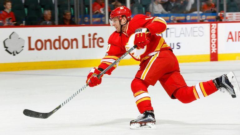 "Крис ВЕРСТИГ в составе ""Калкари"". Фото НХЛ"