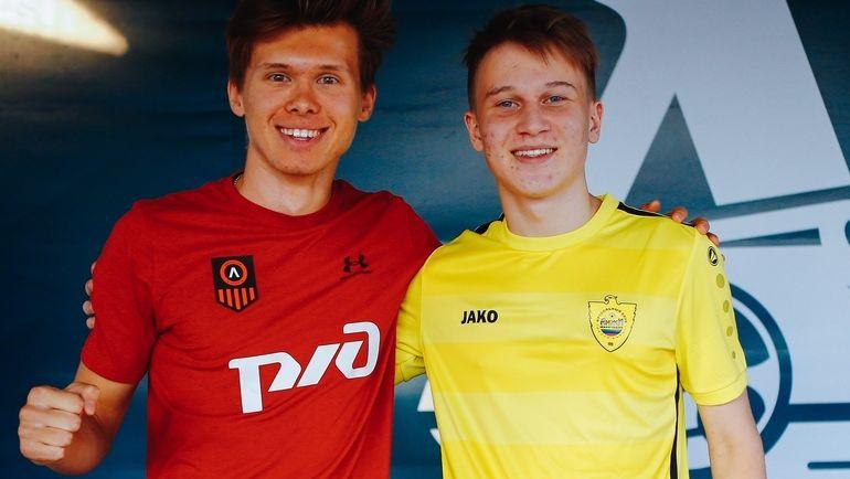 "Роберт ""Ufenok77"" Фахретдинов и Хан ""hantigr_4"" Балабеков. Фото Loko eSports Team"