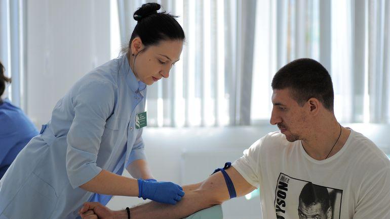 Самвел МНАЦЯН: в это межсезонье он узнал страшный диагноз. Фото photo.khl.ru