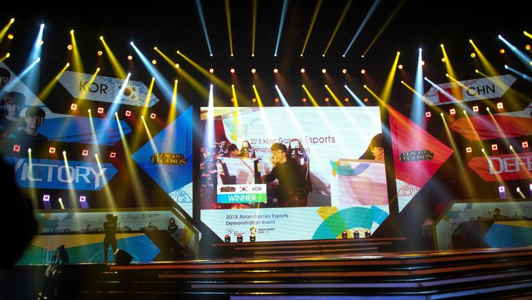 28 августа. Индонезия. Джакарта. Турнир по киберспорту в рамках Азиатских игр. Фото AFP