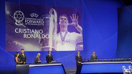 30 августа. Монако. Церемония вручения призов лучшим игрокам сезона по версии УЕФА и Жеребьевка Лиги чемпионов.