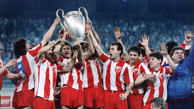 """29 мая 1991 года. Футболисты """"Црвены Звезды"""" празднуют победу в Кубке чемпионов. Фото AFP"""