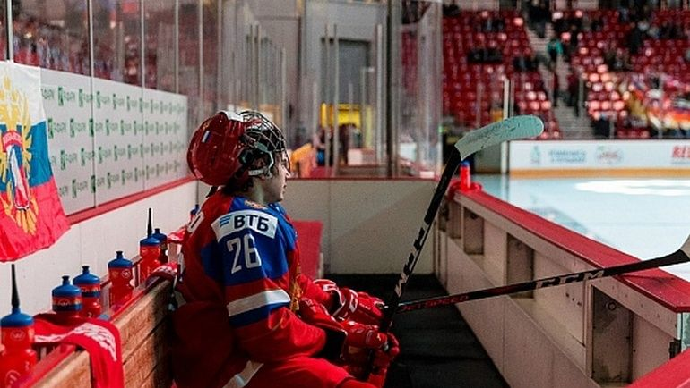 "Александр РОМАНОВ. Фото ХК ""Красная Армия"""