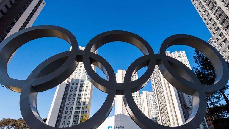 Олимпийские кольца. Фото AFP