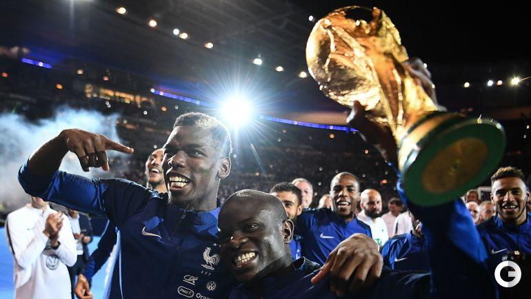 9 сентября. Париж. Франция - Голландия - 2:1. Поль Погба и Нголо Канте.