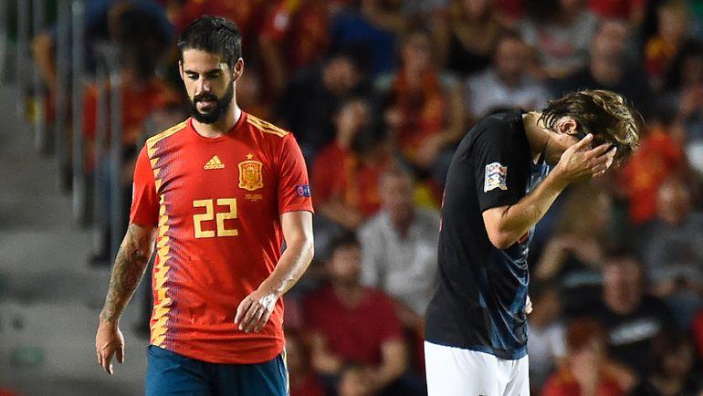 11 сентября. Эльче. Испания - Хорватия - 6:0. Иско и Лука Модрич. Фото AFP