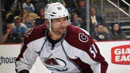 14 сезонов в НХЛ. Российский защитник завершил карьеру