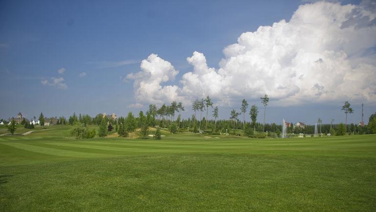Тело 22-летней спортсменки найдено на поле для гольфа Coldwater Golf Links. Фото Антон Сергиенко