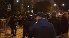 Столкновения ОМОНа с фанатами перед матчем