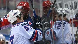 В прошлом сезоне сразу 8 клубов КХЛ потратили на хоккеистов больше миллиарда.