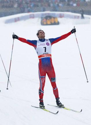 Норвежский лыжник Томас НОРТУГ Фото AFP