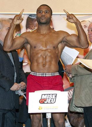 Канадский боксер Жан ПАСКАЛЬ Фото AFP
