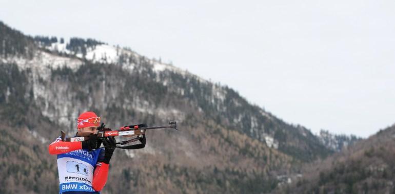 Российский биатлонист Антон ШИПУЛИН Фото AFP