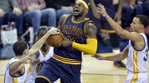 Леброн Джеймс опередил Рэя Аллена в списке бомбардиров НБА