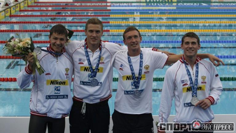 Александр СУХОРУКОВ, Андрей ГРЕЧИН, Данила ИЗОТОВ и Евгений ЛАГУНОВ (слева направо) – серебряные призеры чемпионата мира.