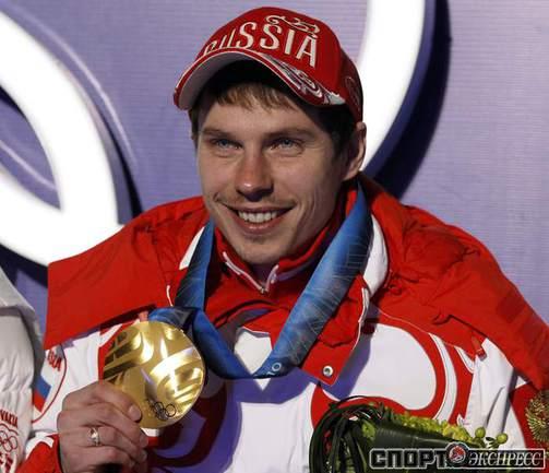 Биатлонист Евгений УСТЮГОВ выиграл гонку с общего старта и принес второе золото в медальную копилку России на Играх-2010.