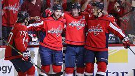 Дубль Кузнецова и гол Овечкина. Чемпионы НХЛ разнесли