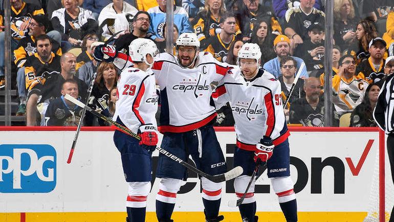 "5 октября. Питтсбург. ""Питтсбург"" – ""Вашингтон"" – 7:6 ОТ. Александр Овечкин празднует гол. Фото NHL.com"