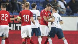 Игроки сборной России устроили потасовку после непопадания на Евро-2019