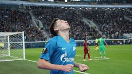 "25 октября. Санкт-Петербург. ""Зенит"" - ""Бордо"" - 2:1. 85-я минута. Далер Кузяев стал автором победного гола."