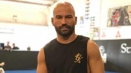 За Тухугова. Лобов проведет первый бой в UFC за 14 месяцев